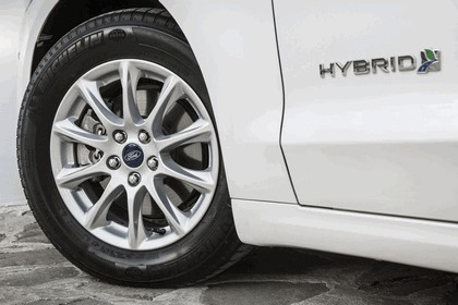 2015 Ford Mondeo Hybrid - UK version 5