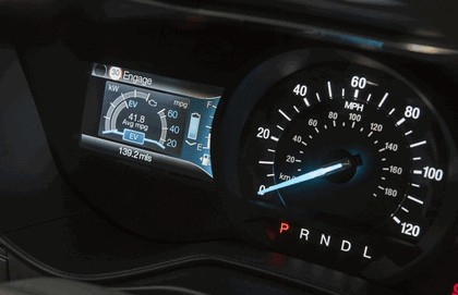 2015 Ford Mondeo Hybrid - UK version 9