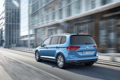 2015 Volkswagen Touran 2
