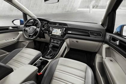 2015 Volkswagen Touran 6