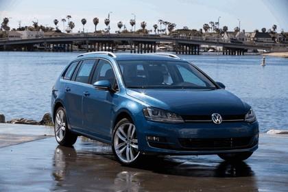 2015 Volkswagen Golf SportWagen - USA version 23