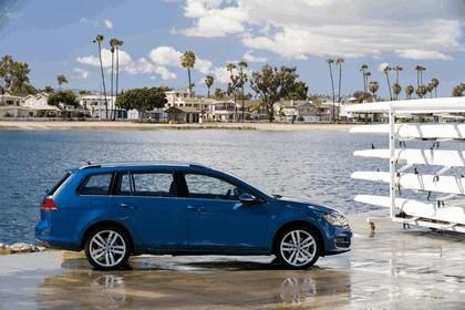 2015 Volkswagen Golf SportWagen - USA version 24
