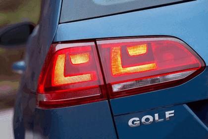 2015 Volkswagen Golf SportWagen - USA version 29