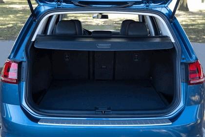 2015 Volkswagen Golf SportWagen - USA version 37