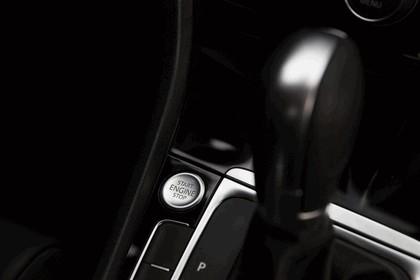 2015 Volkswagen Golf SportWagen - USA version 56