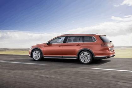 2015 Volkswagen Passat Alltrack 2