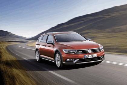 2015 Volkswagen Passat Alltrack 4