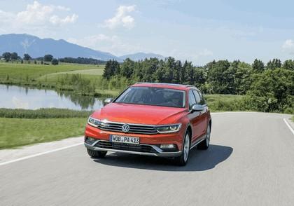 2015 Volkswagen Passat Alltrack 13