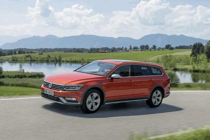 2015 Volkswagen Passat Alltrack 14