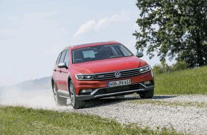 2015 Volkswagen Passat Alltrack 19
