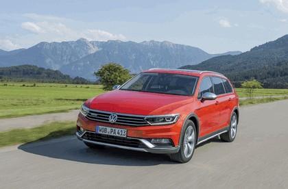 2015 Volkswagen Passat Alltrack 20