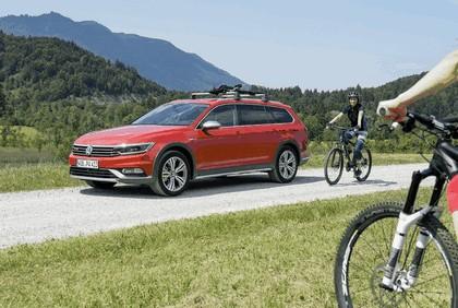 2015 Volkswagen Passat Alltrack 22