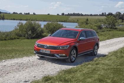 2015 Volkswagen Passat Alltrack 28