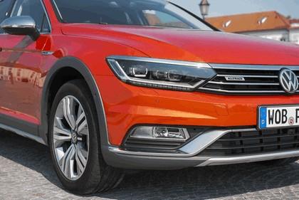 2015 Volkswagen Passat Alltrack 34