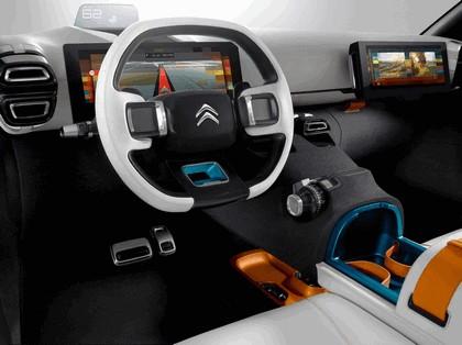 2015 Citroen Aircross concept 17