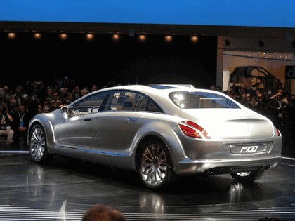 2007 Mercedes-Benz F 700 concept 4
