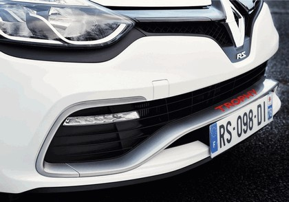 2015 Renault Clio RS220 Trophy 11