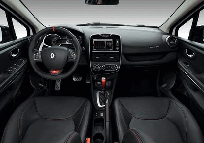2015 Renault Clio RS220 Trophy 13