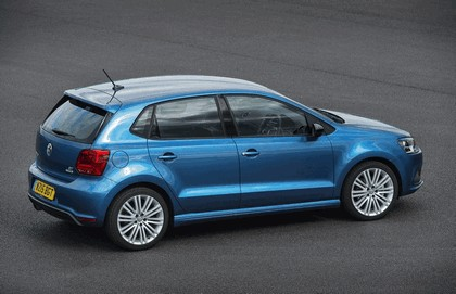2015 Volkswagen Polo BlueGT - UK version 8