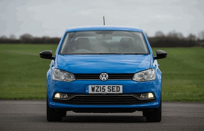 2015 Volkswagen Polo SE Design - UK version 4