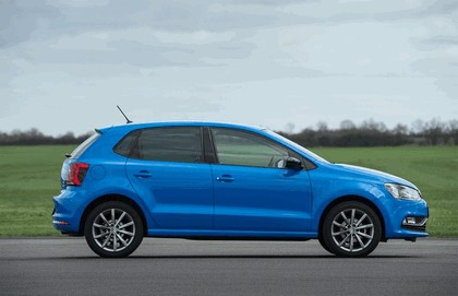 2015 Volkswagen Polo SE Design - UK version 8
