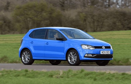 2015 Volkswagen Polo SE Design - UK version 13