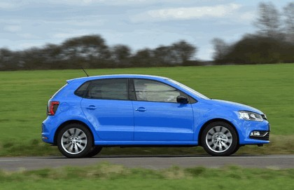 2015 Volkswagen Polo SE Design - UK version 14