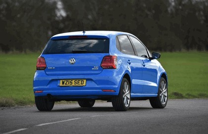 2015 Volkswagen Polo SE Design - UK version 16