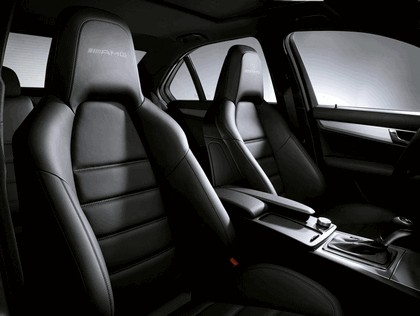 2007 Mercedes-Benz C63 AMG 18