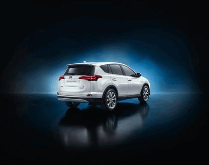 2015 Toyota RAV4 Hybrid 3