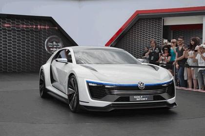 2015 Volkswagen Golf GTE Sport 8