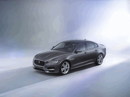 2015 Jaguar XF 1