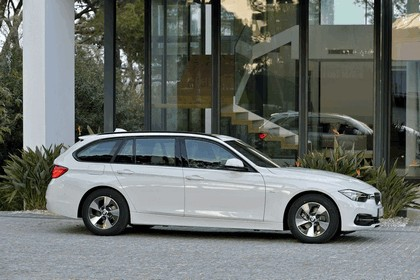 2015 BMW 320d ( F31 ) Touring Efficient Dynamics Edition 12
