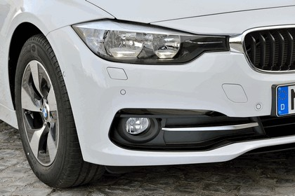 2015 BMW 320d ( F31 ) Touring Efficient Dynamics Edition 14