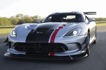 2016 Dodge Viper American Club Racer 29
