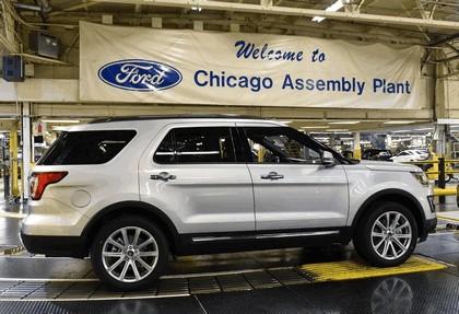 2016 Ford Explorer 35