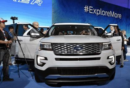 2016 Ford Explorer 37
