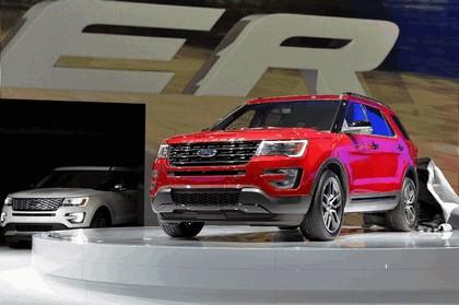 2016 Ford Explorer 43