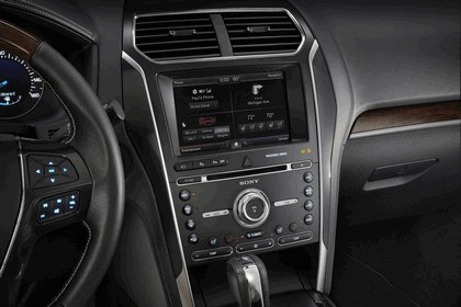 2016 Ford Explorer 76