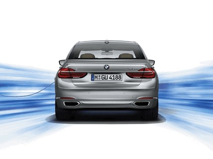 2015 BMW 730Le 6