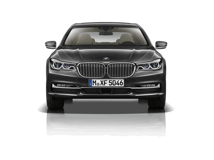 2015 BMW 750Li xDrive with Design Pure Excellence 4