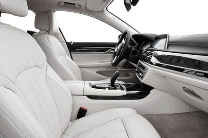 2015 BMW 750Li xDrive with Design Pure Excellence 8