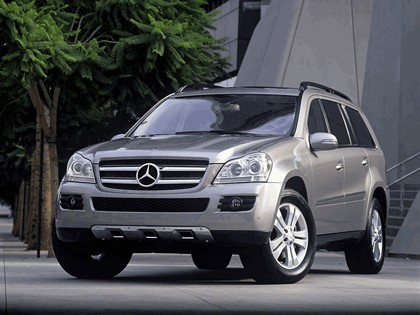 2007 Mercedes-Benz GL450 4MATIC 7