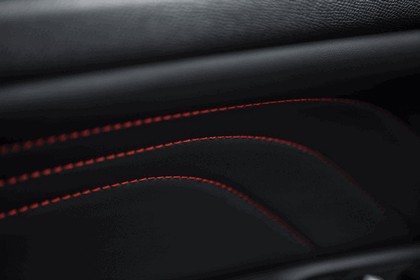 2015 Peugeot 308 GTi 37