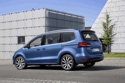 2015 Volkswagen Sharan 9