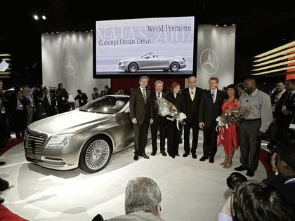 2007 Mercedes-Benz Ocean Drive concept 25