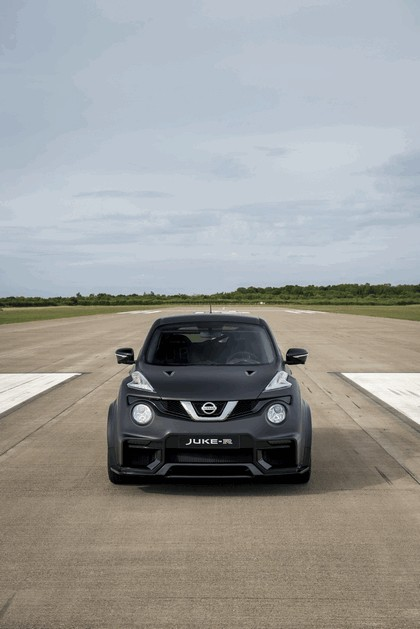 2015 Nissan Juke-R 2.0 concept 8