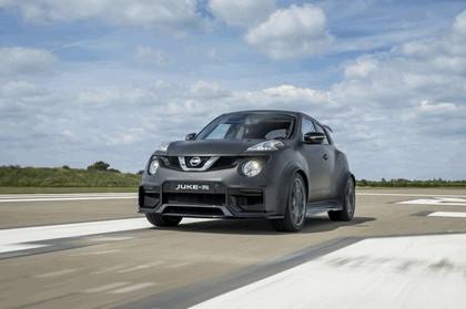 2015 Nissan Juke-R 2.0 concept 13