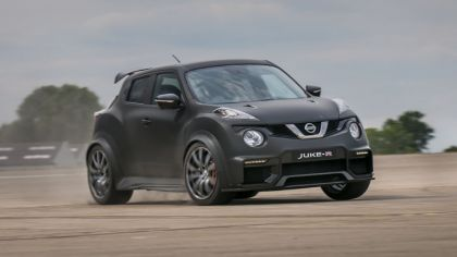 2015 Nissan Juke-R 2.0 concept 2