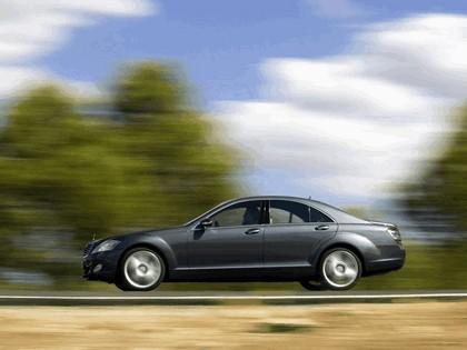 2007 Mercedes-Benz S500 4MATIC 28